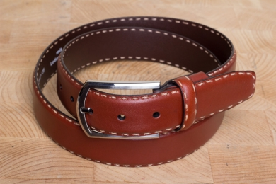 """<h5>2147 35</h5><p>Belt """"Vachetta"""" in black and cognac. Width 3,5 cm and length available till 110 cm. Description: Moulded, contrast stitched and shortable</p>"""